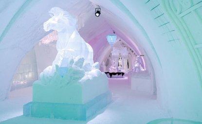 هتل یخی کانادا که معروف به Ice Hotel میباشد در 5 کیلومتری Quebec