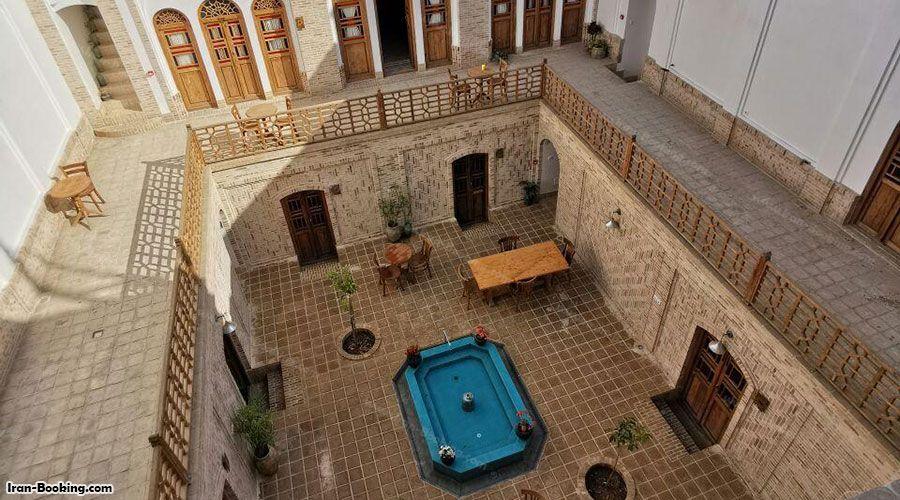 اقامتگاه سنتی سنگ پلوی کاشان