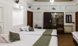 image 9 from Atigh Hotel Isfahan
