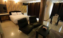 image 5 from Dolphin Hotel Bandar Anzali