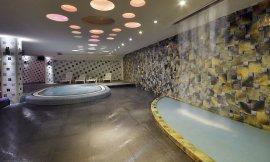 image 17 from Espinas Hotel Tehran