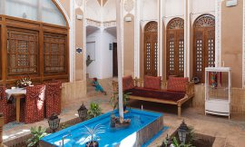 image 2 from Labe Khandagh Hotel Yazd