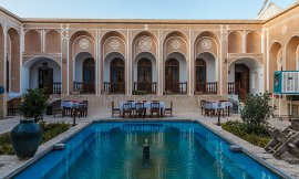 image 2 from Laleh Hotel Yazd
